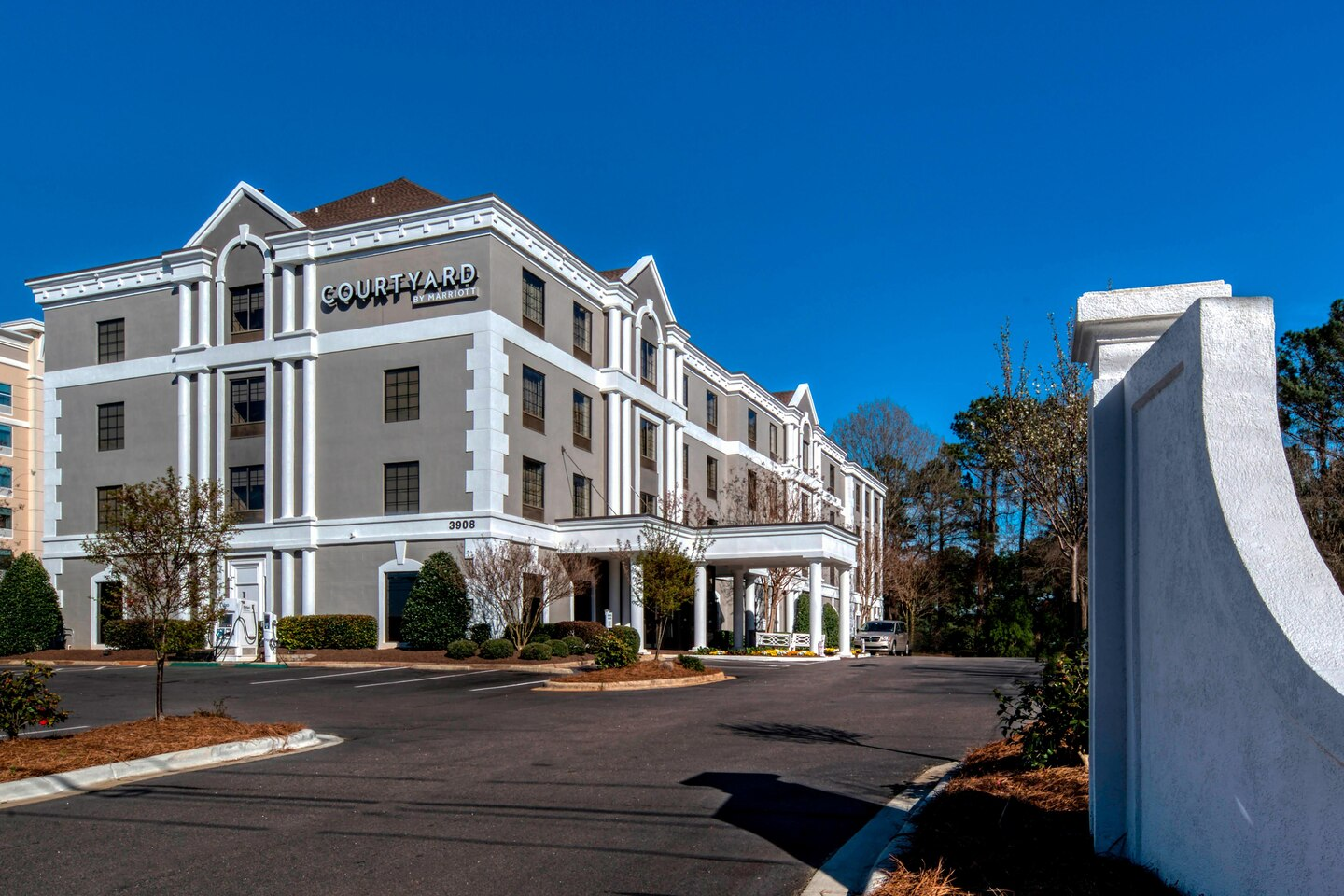 Courtyard by Marriott Crabtree - Raleigh, NC